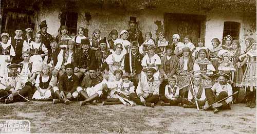 Ze hry Staročeská svatba, r. 1930